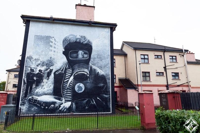 إيرلندا الشمالية-جداريات بوجسايد-مدينة ديري