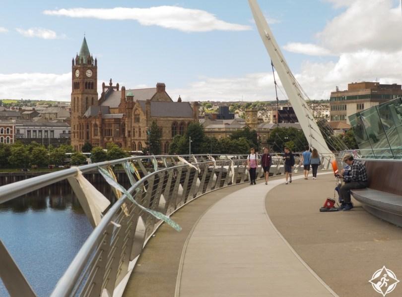 إيرلندا الشمالية-جسر السلام-مدينة ديري