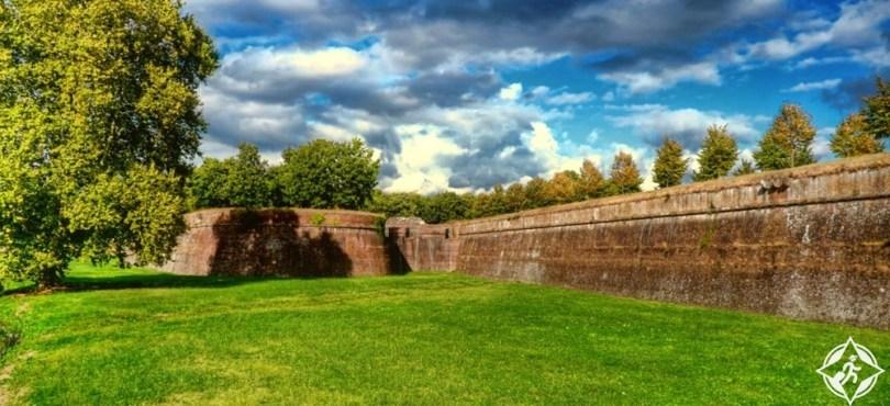 لوكا - جدران المدينة