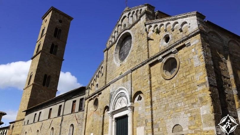 فولتيرا - الكاتدرائية