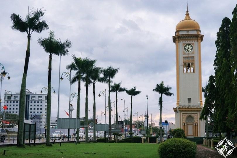 ألور ستار - برج الساعة