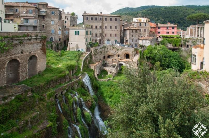 تيفولي - الطريق عبر الشلالات