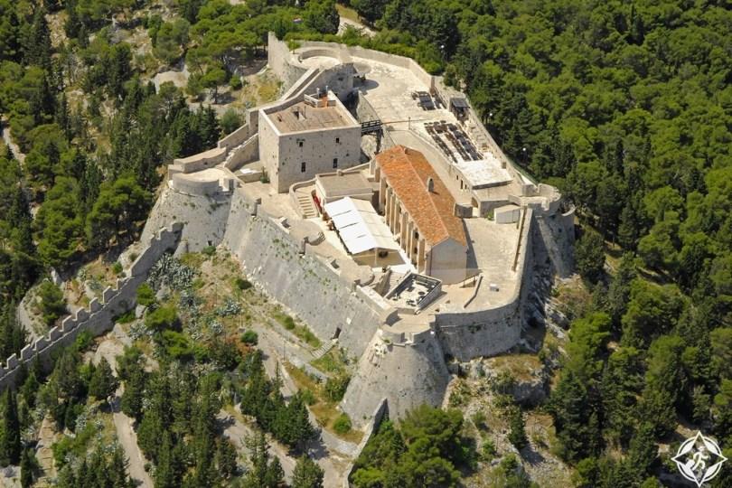 هفار - القلعة