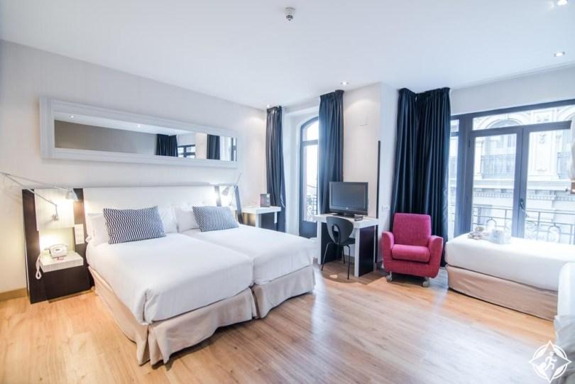 الفنادق في مدريد - بيتت بالاس تشيكا