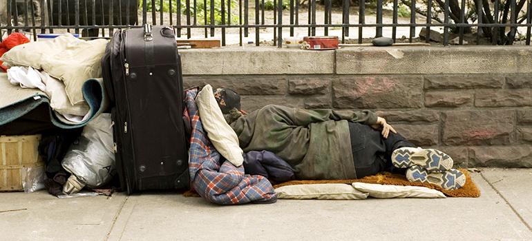 poverty-1-770.jpg (770×350)