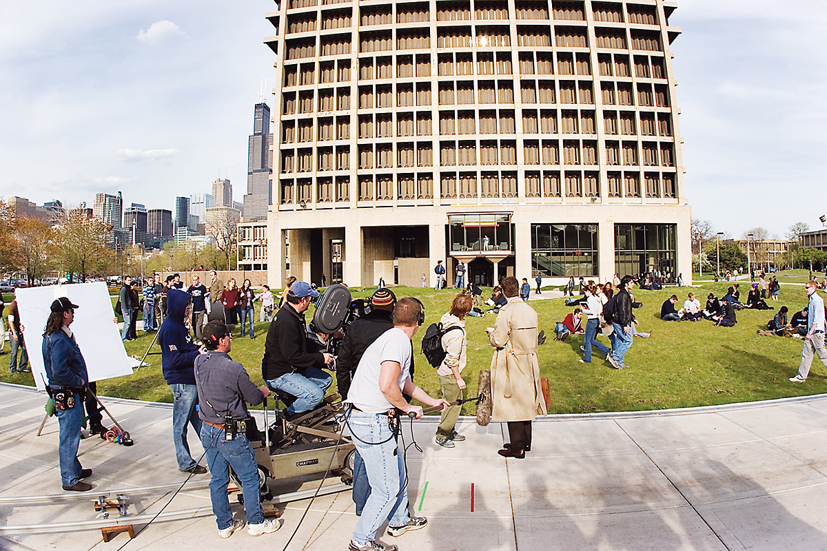 UIC campus gets its closeups on TV in films  UIC Today