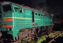 Foto // Un nou incendiu pe calea ferată. Locomotiva unui tren marfar a luat foc în raionul Ialoveni