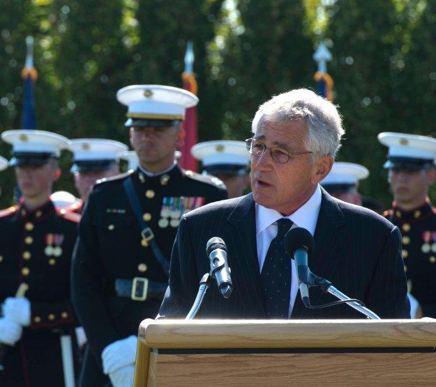 Shutdown: Most Pentagon Civilians Return to Work Today