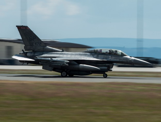 U.S. Air Force Grounds 82 Two-Seat F-16Ds