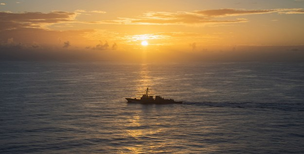 Arleigh Burke-class guided-missile destroyer USS Michael Murphy (DDG-112) transits the Philippine Sea on March 18, 2015. US Navy Photo