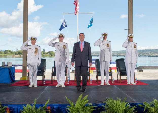 In Dual Ceremony, Harris Takes Over PACOM, Swift Assumes Command of PACFLT