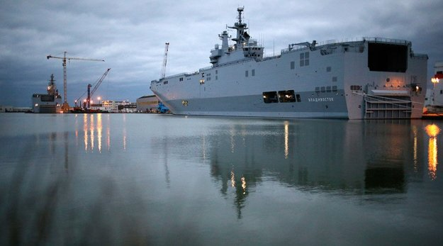 Hollande: France Will Have 'No Difficulty' Finding Mistral Buyers