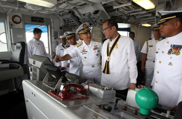 President Benigno S. Aquino III, accompanied by Philippine Nay (PN) Flag Officer-in-Command (FOIC) Vice Admiral Jose Luis Alano, tour and inspect the facilities of the BRP Ramon Alcaraz (PF16) in 2013.