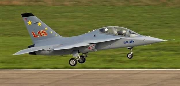 Hongdu L-15 Falcon supersonic trainer based on the Yakovlev Yak-130