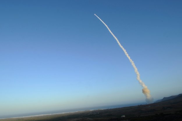 STRATCOM CO: Next Air Force ICBM, Navy Sub Launched Ballistic Missile Could Have More in Common