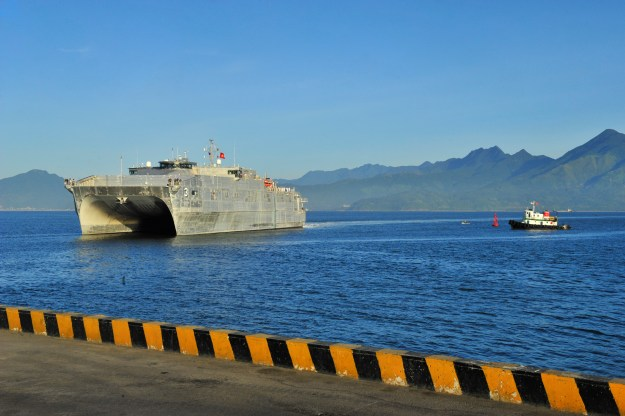 The Military Sealift Command joint high speed vessel USNS Millinocket (JHSV 3) arrives in Vietnam. US Navy photo.