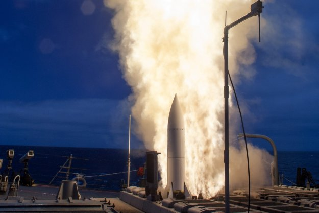USS John Paul Jones (DDG 53) launches a Standard Missile 6 (SM-6) during a live-fire test of the ship's aegis weapons system on June 19, 2016. US Navy Photo