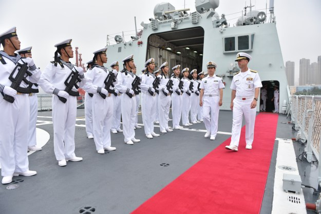 Chief of Naval Operations (CNO) Adm. John Richardson visits the Chinese People's Liberation Army (Navy) (PLA(N)) Submarine Academy, North Sea Fleet Headquarters and a PLAN frigate and submarine in Qingdao, China on July 20, 2016. US Navy photo.