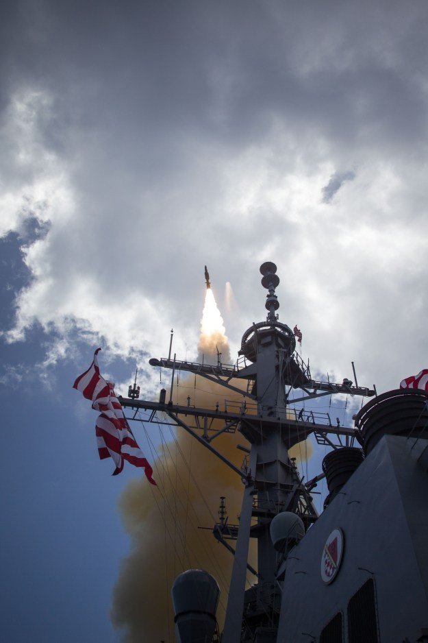 USS John Paul Jones (DDG 53) successfully conducted a flight test involving the launch of a medium-range ballistic missile target from the Pacific Missile Range Facility located on Kauai, Hawaii on May 17, 2016. MDA Photo