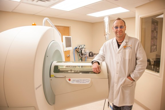 Dr. Jonathan Wall is exploring diagnostic and therapeutic agents for amyloid diseases. Dr. Wall has identified p5, a protein that binds to amyloid in the brain and other organs, making the amyloid visible through PET imaging and other techniques.
