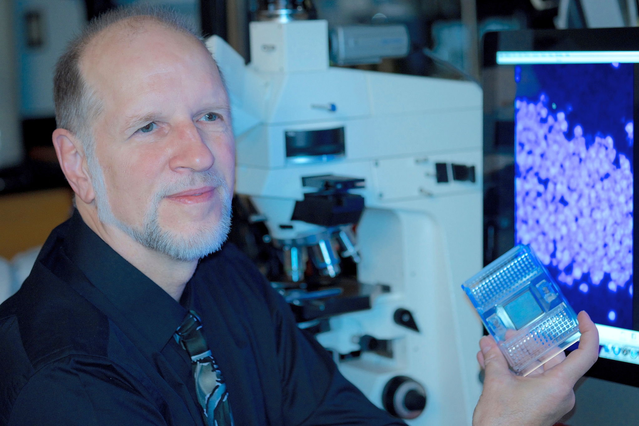 UTHSC's Dr. Robert Williams Among Collaborators on Groundbreaking Brain Research Published in Nature