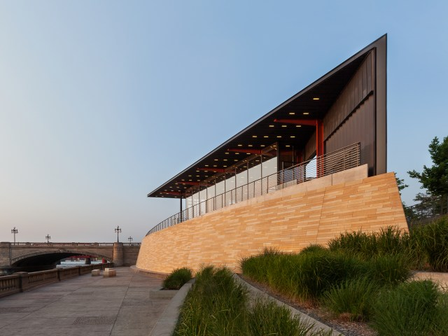 principal-riverwalk-pavilion
