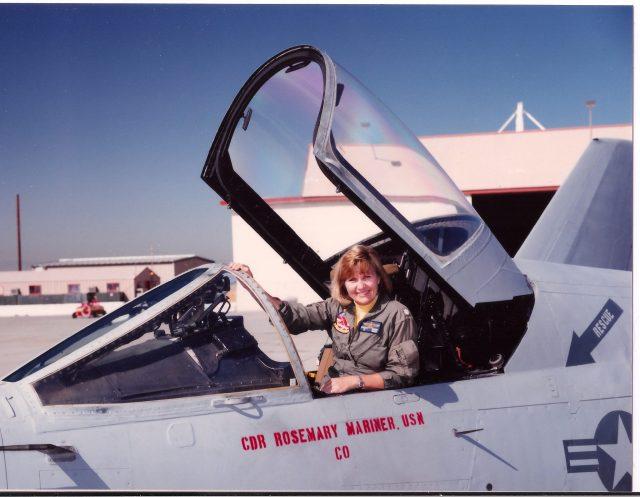 152300_Mariner_Squadron Commanding Officer