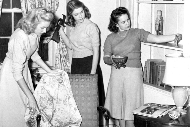 In 1947, students in the College of Home Economics create a layout in their home furnishing class.