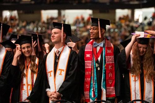Fall 2019 Grads-1500x1000