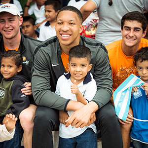 Grant Williams, basketball, in Ecuador as part of the VOLeaders international immersion experience in summer 2018. Photo: Caitlin Ryan
