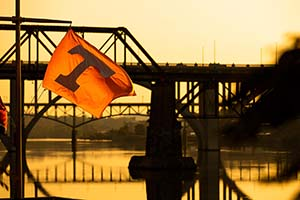 he sunrises over the Tennessee River and Henley Street Bridge