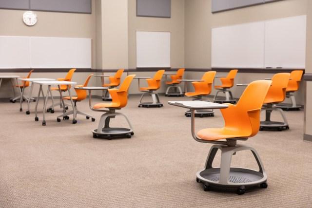 Desks-separated-social-distancing