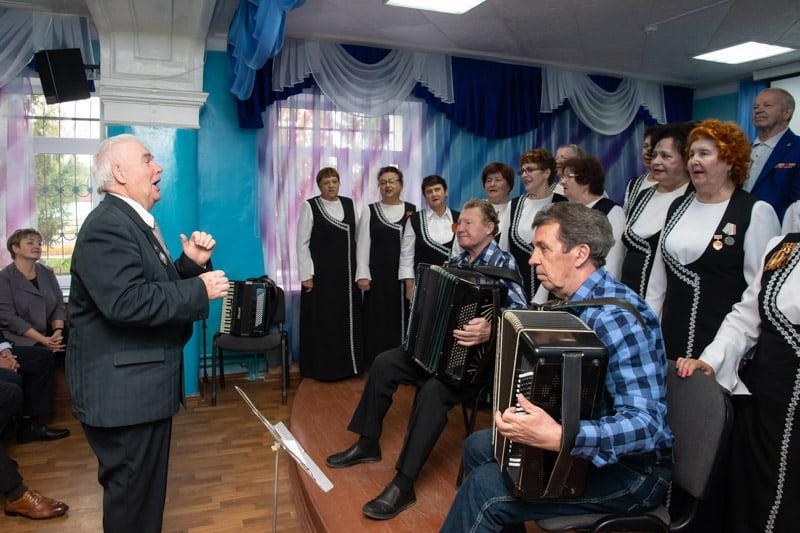 Юбилей Юрия Филяшина отметили праздничным концертом - события в марксе