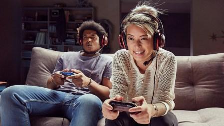 Genieße ab sofort den Online Multiplayer von Free to Play-Spielen auch ohne Xbox Live Gold HERO