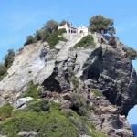 Το διάσημο από το «Mamma Mia» εκκλησάκι του Άη Γιάννη στη Σκόπελο