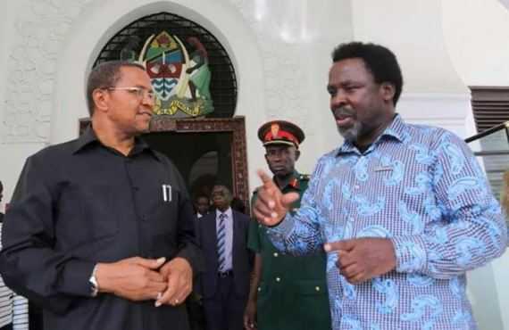 TB Joshua with outgoing president Dr Jakaya Mrisho Kikwete