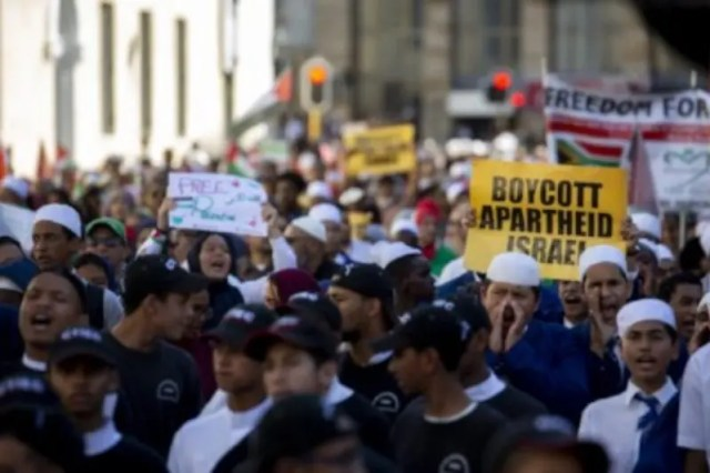 Thousands gathered in Johannesburg and Cape Town on Tuesday to commemorate the Nakba and protest Israel's killing of unarmed protesters.