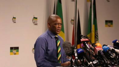 Photo of Shivambu agrees with Bongo that the Hawks will arrest Magashule