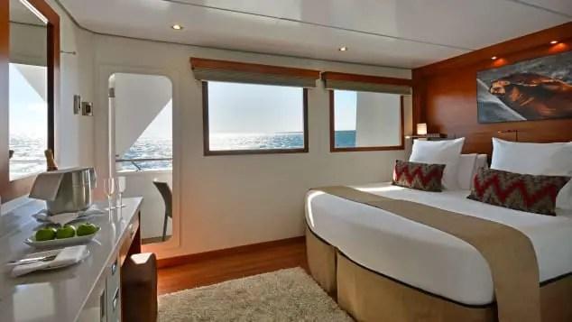Cruise bedroom