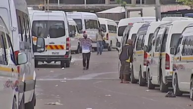Photo of Stranded eThekwini commuters lament suspension of taxis during lockdown