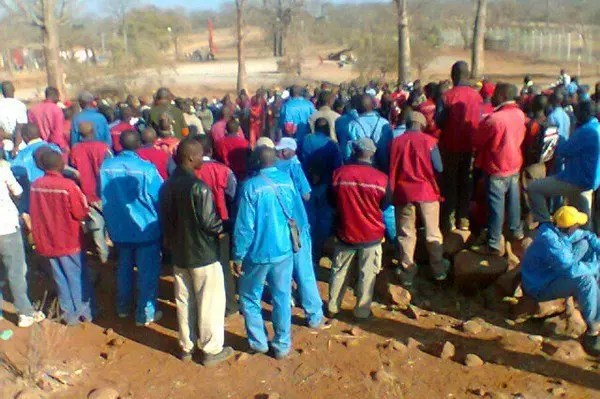 Mazowe Mine employees