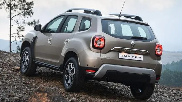 Renault Duster back view