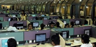 Call centre sales consultant
