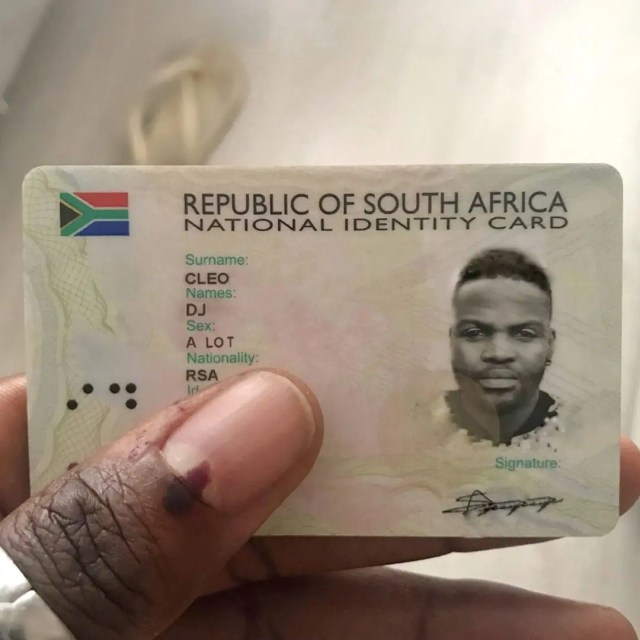 Media Has Left co On Id Photoshopped za Cleo Dj Crazy People Social News365