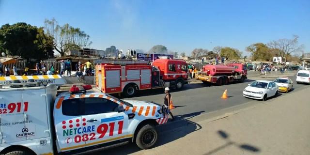 Fire destroys 15 shacks