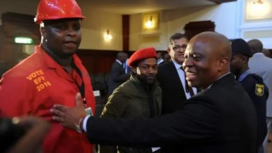 Photo of Shivambu congratulates Mashaba for working with EFF on insourcing of cleaners