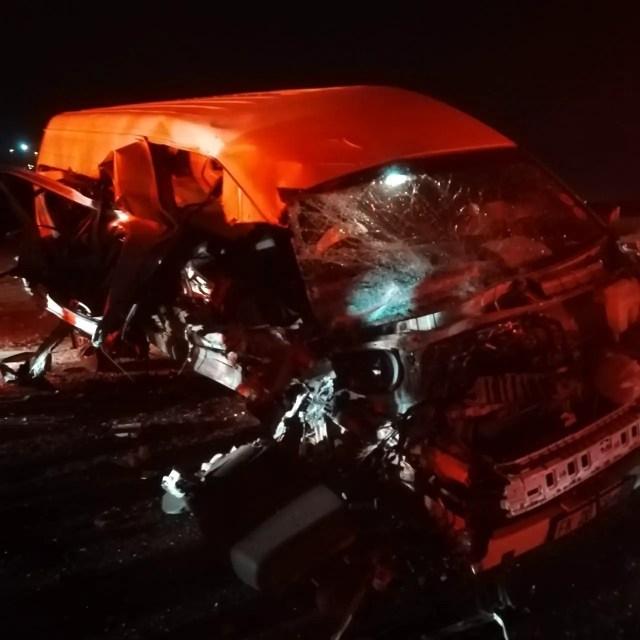 taxi vs car head on collision