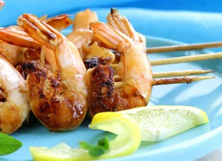 Lemon and ginger prawns
