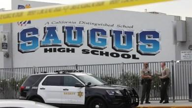 Photo of Gunman in US school shooting dies as police hunt motive