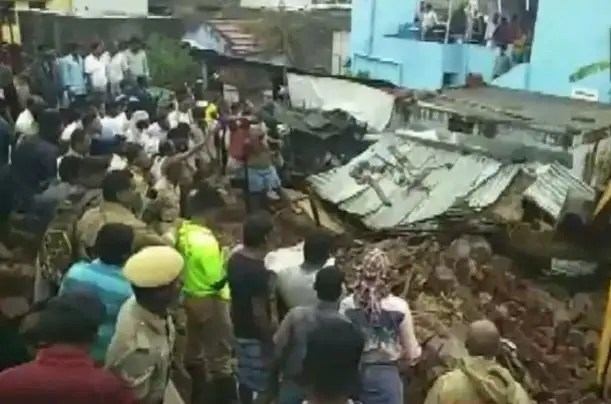 At least 17 people from four families in India were buried alive as they were sleeping on Monday